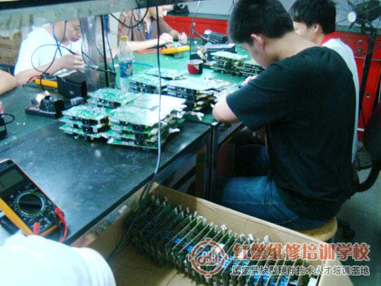我司近日承接液晶电源一体板维修大单